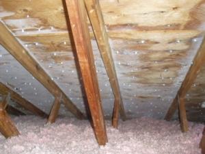 Gel dans la toiture l'hiver-300x225